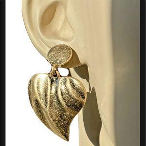 Kenneth Jay Lane KJL Heart 22K Gold Plate Earrings